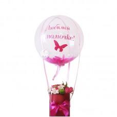 Bubble с перышками в цветочной коробке